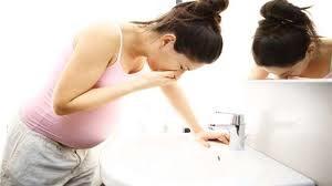 kdaj se začnejo pojavljati prvi znaki nosečnosti