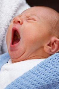 kaj kupiti za novorojenčka