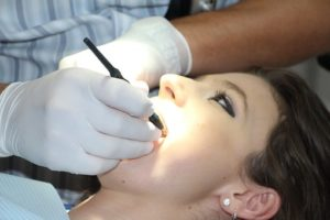 popravljanje zob v nosečnosti