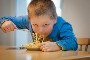 zdrava prehrana otrok in mladostnikov