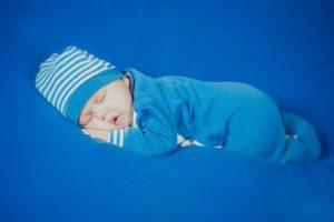spanje novorojenčka